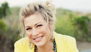 Author Nicole Johnson